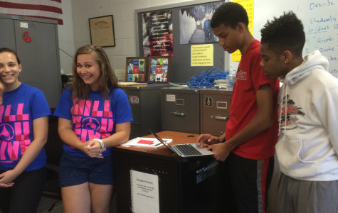 Students sign up for blood drive