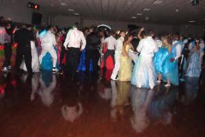 prom_dancing_5273