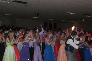 Students also line dance at prom. (photo by Jephthah Yarian)