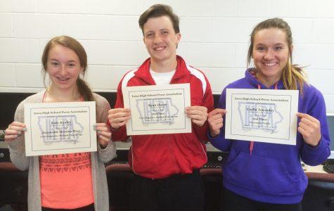 Newspaper staff members win in state journalism contest
