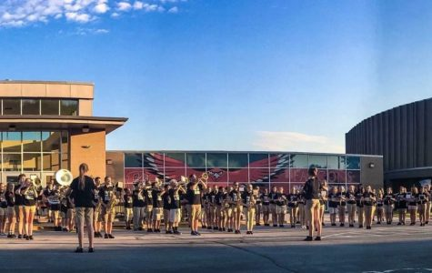 Marching Band struts into the 2017-2018 school year