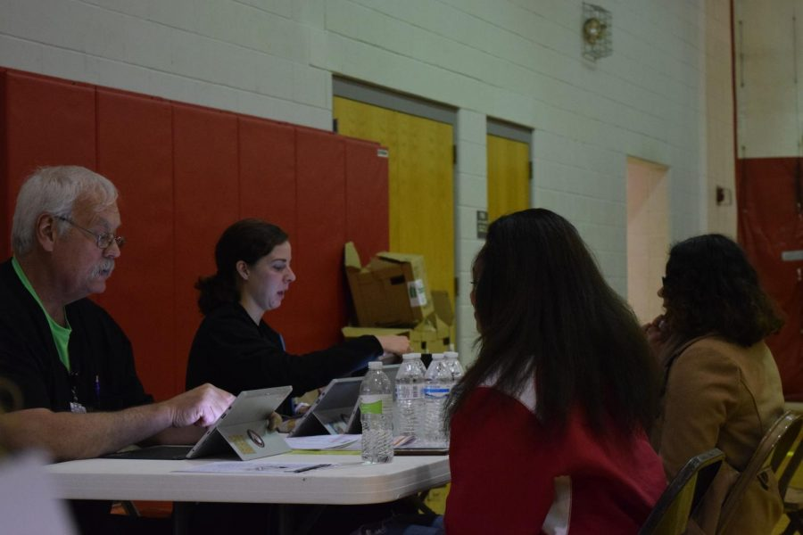 Students register to donate blood by answering a few question and verify address, birth date and phone number.
