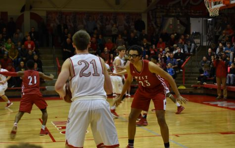 Sophomore and varsity boys play at North Scott