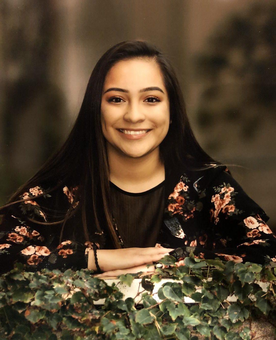 Senior Spotlight: Veronica Chavez