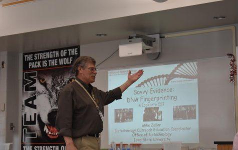 Mike Zeller visits Davenport West's biology classes