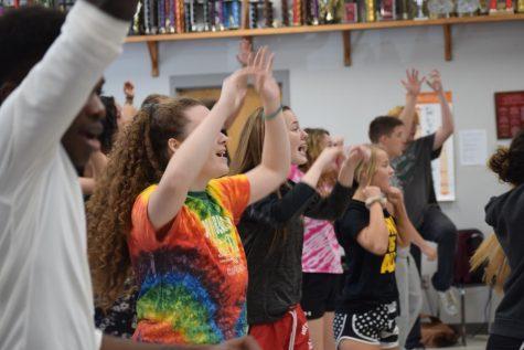 Pre-cap of show choir season