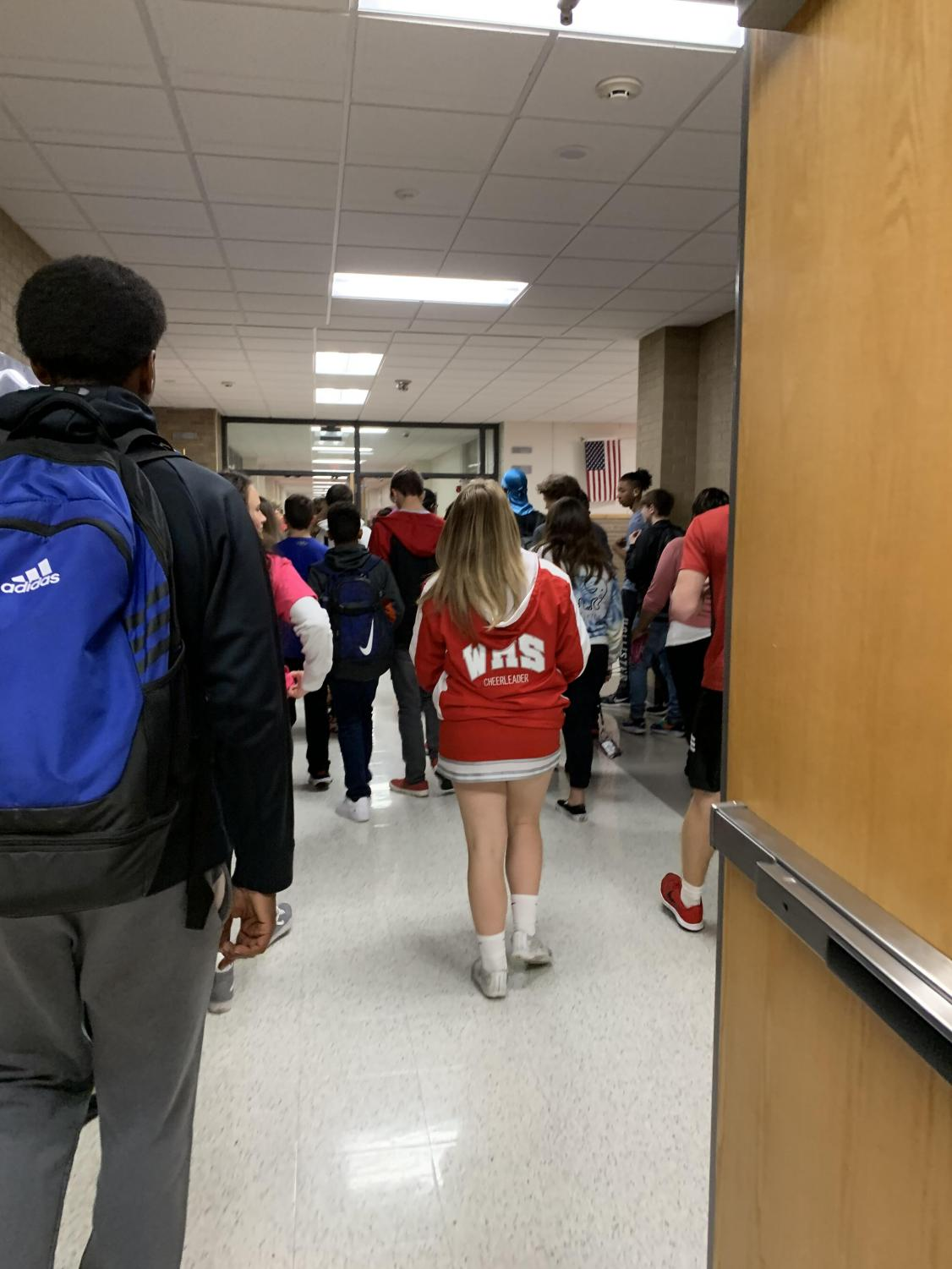 Students walk through the hallways to their second block class after lunch. Hallways are seemingly cramped with students trying to get back to class after having 25 minutes out of the classroom for lunch.