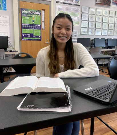 "Kathy Truong '21 manages to stay upbeat amidst her heavy course load. ""I definitely will miss just being a kid during high school because I know during college there will be a lot of pressure and responsibility, whereas during high school you can still have fun with your friends and mess around."""